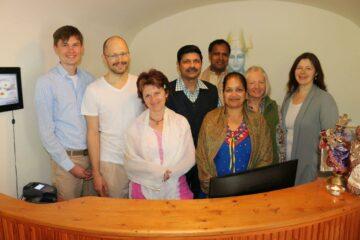 Das Team von Sri Sri Ayurveda im Schwarzwald