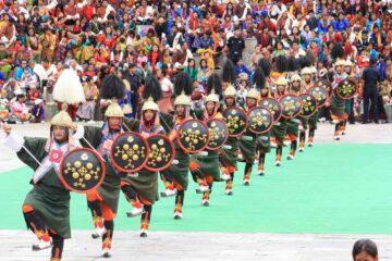 Kriegertanz beim Thimphu Festival in Bhutan