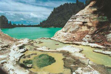 Lake Ngakoro im Wai-O-Tapu