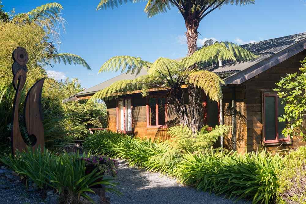 NZ-Abel Tasman Ocean View-Studio 2