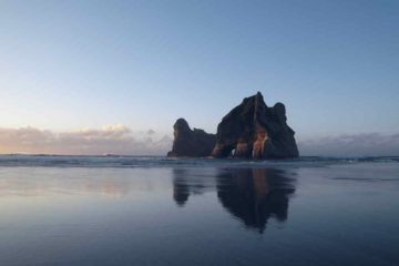Felsformation am Wharariki Beach