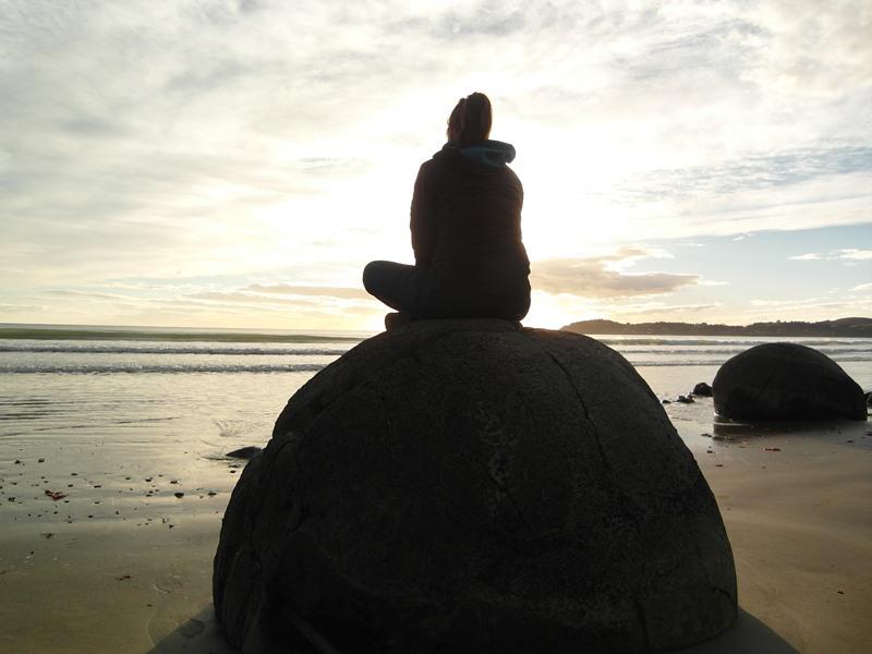 Meditation an den Moeraki Boulders
