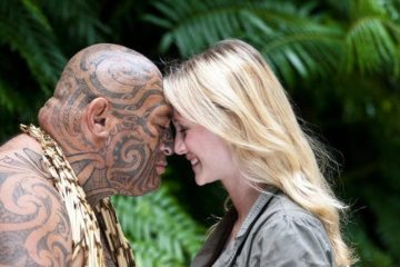 Maorische Begrüßung