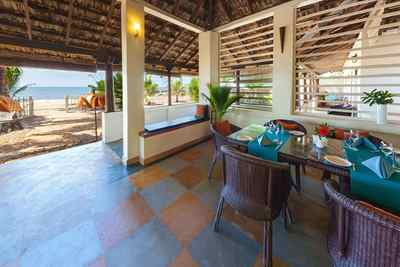 Terrasse des Palm-Bungalow im Marari Beach