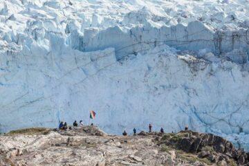 Gruppe vor dem Eis