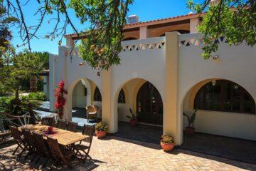 Traditionelle portugiesische Villa