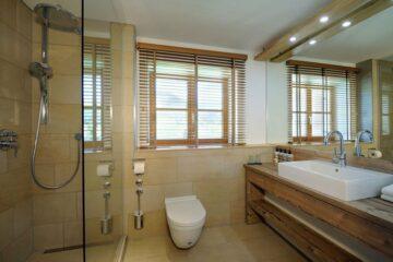 Steinbock Badezimmer