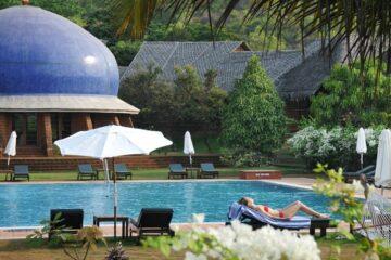 Pool im SwaSwara