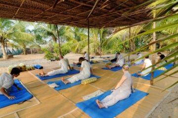 Yogagruppe im SwaSwara
