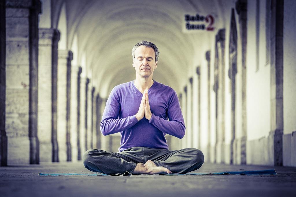 stefan-geisse-auszeit-im-kloster-meditation