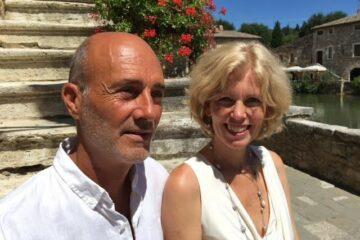 Tanya und Michael Aprile nebeneinander