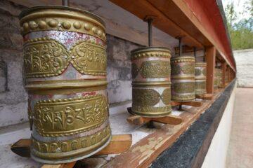 Gebetsmühlen des Himalaya in Nahaufnahme