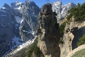 Blick auf hohe Berggipfel