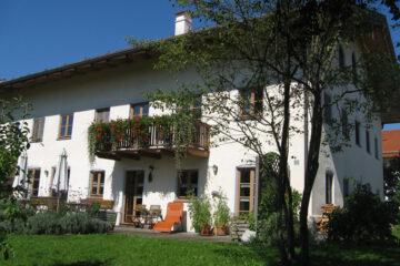 Seminarhaus mit Terrasse