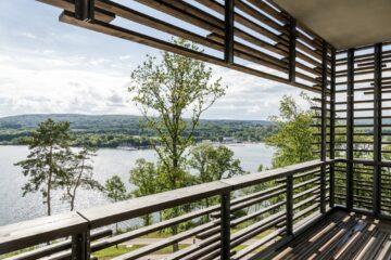 Balkon mit Aussicht auf den Bostalsee