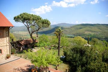 Blick über die Anlage ins Tal