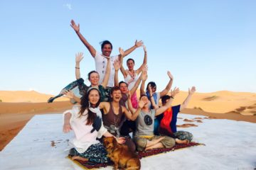 Yoga in der Sahara