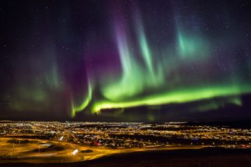 Nordlichter über Reykjavik